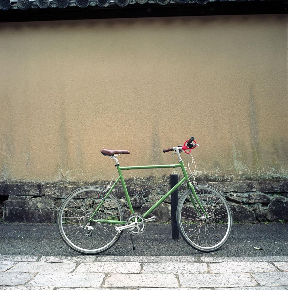 ローライフレックスで撮る自転車|ROLLEIFLEX 2.8F + KODAK PORTRA 160