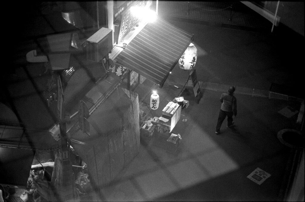 椎名町へ到着|Leica M3 + C Sonnar T* 1.5/50 ZM + Kodak TRI-X 400
