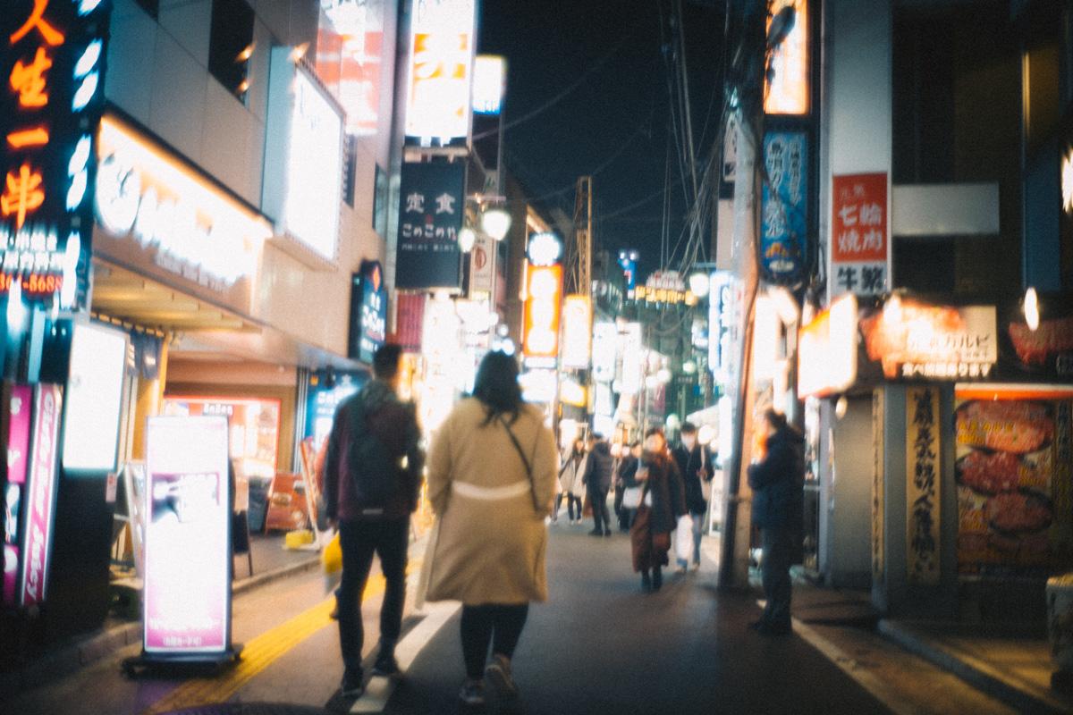 さかえ通りをとん八へ|Leica M10 + Summilux 35mm f1.4