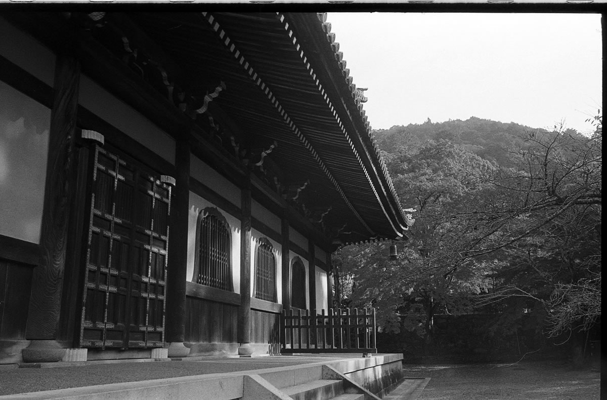 南禅寺 LEICA M5 + SUMMILUX 35mm F1.4 + Kodak TRI-X 400