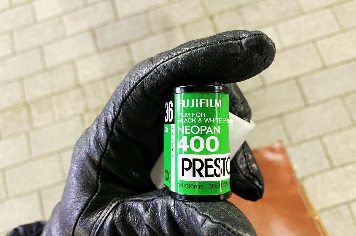 ネオパン400プレストって2014年に販売終了したの!?