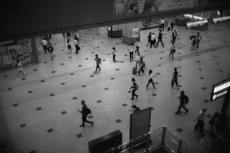 大阪駅をLeica M10でウロウロ