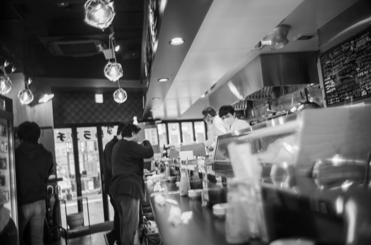 神田の寿司屋、弁慶でランチ|Leica M10 Monochrome + Summilux 35mm f1.4