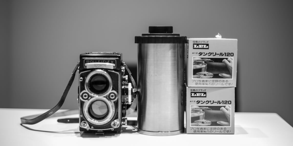 ローライフレックス2,8F + ARISTA EDU ULTRA 400試し撮り|Leica M10 Monochrome + C Sonnar T* 1.5/50 ZM