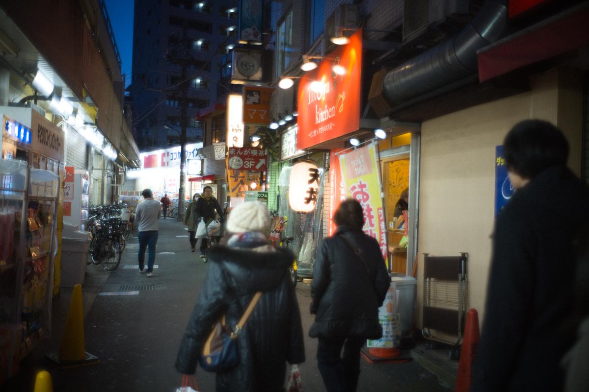 江古田駅前の商店街|Leica M10 + Summilux 35mm f1.4