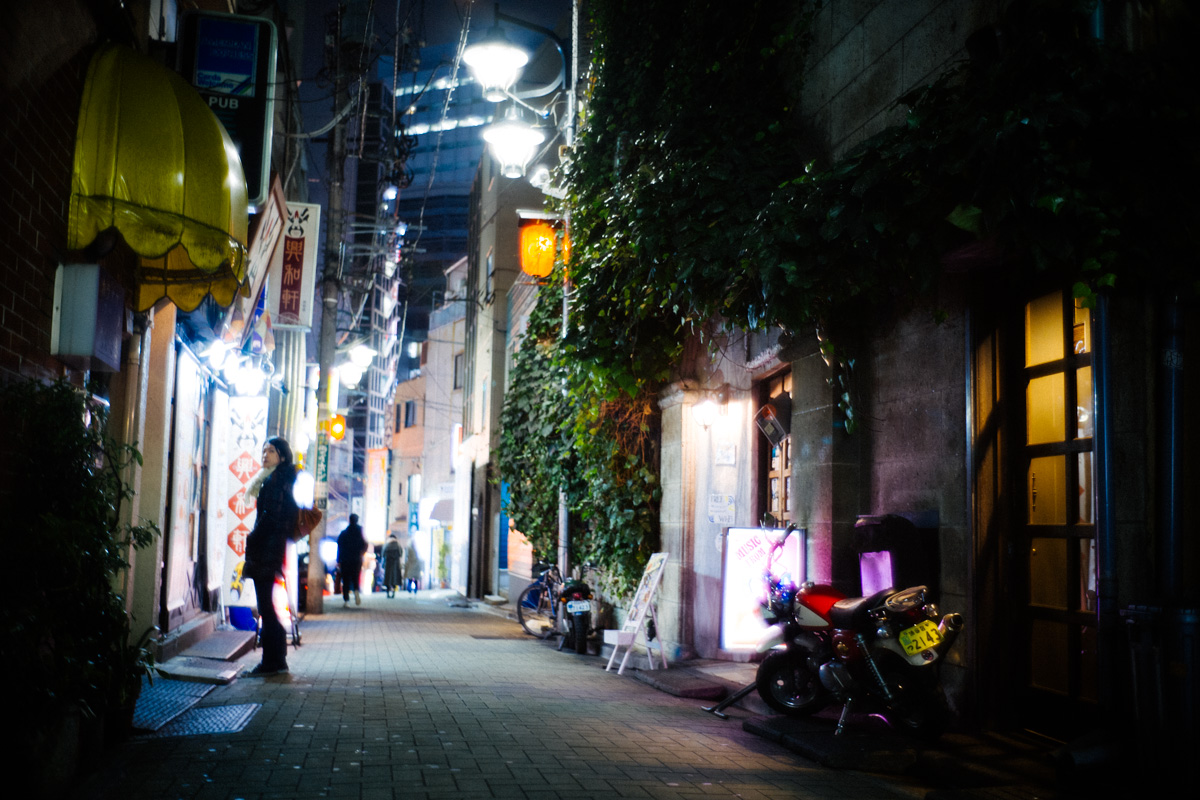 変わりゆく街を体現する渋谷の百軒店|Leica M10 + Summilux 35mm f1.4