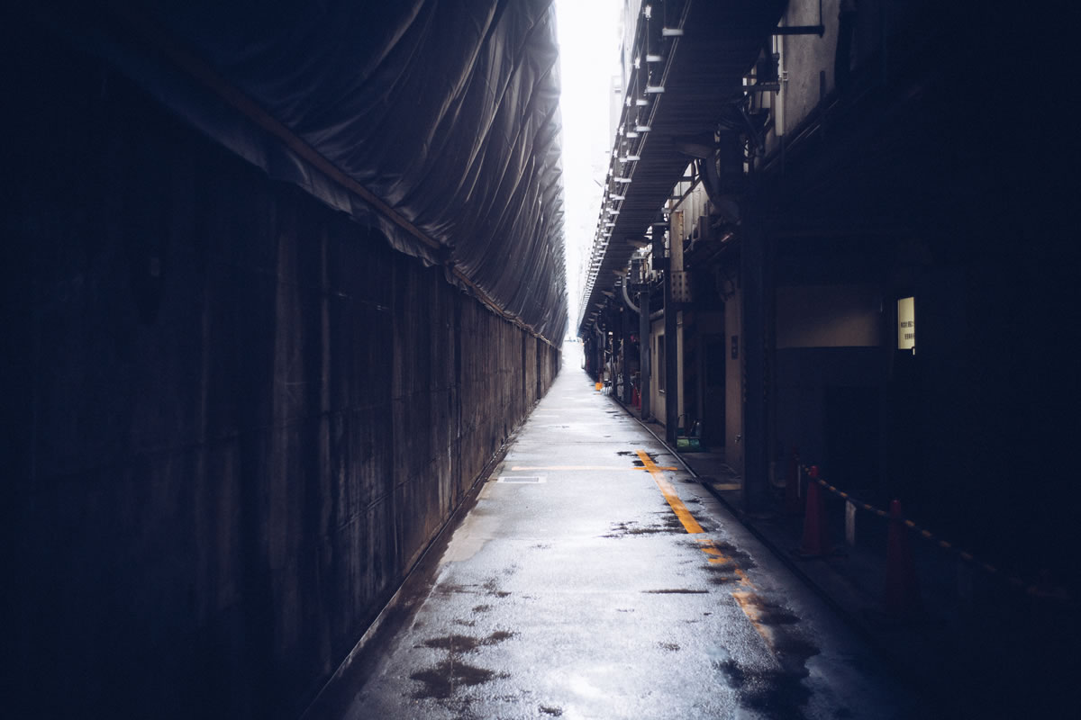 とある裏路地|Leica M10 + Summilux 35mm f1.4