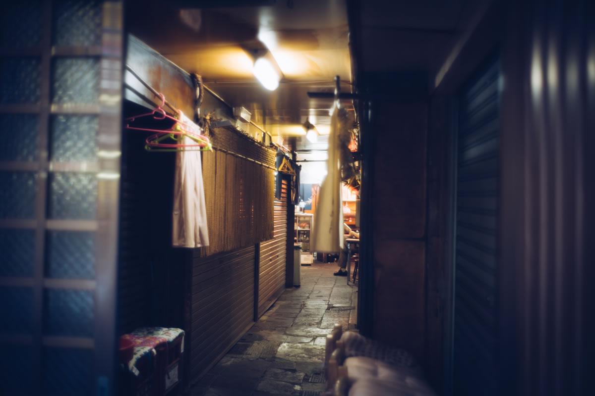 神田のガード下にて|Leica M10 + Summilux 35mm f1.4