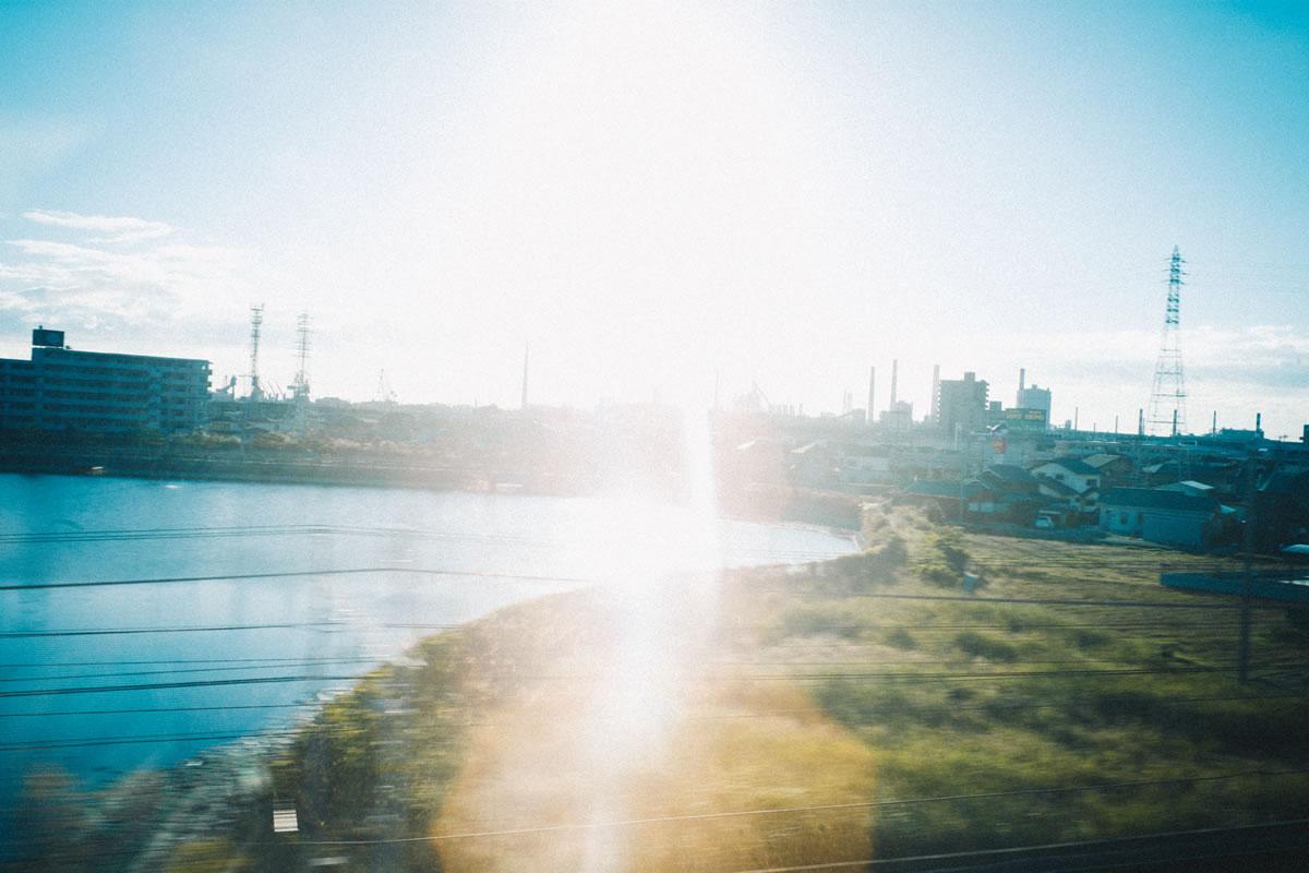 新幹線で一路西へ|Leica M10 + Summilux 35mm f1.4