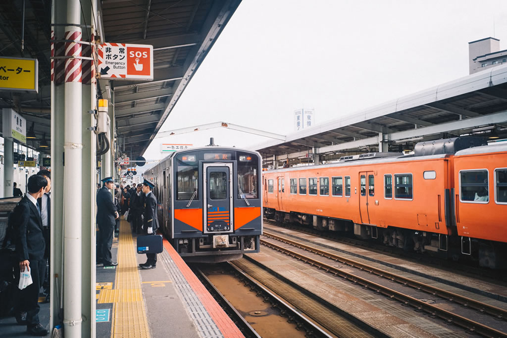 鳥取駅から帰ります|Leica M10 + Summilux 35mm f1.4