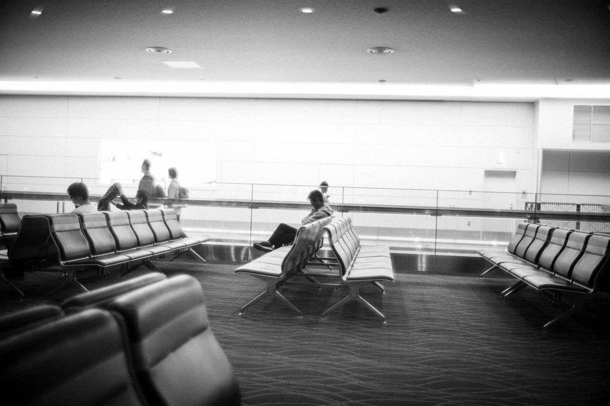 出発を待つ人たち|Leica M10 + Summilux 35mm f1.4