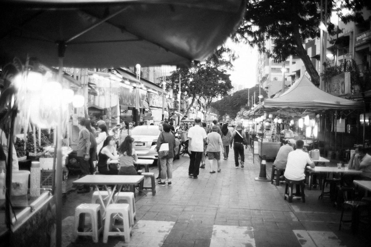 ブキッ・ビンタン近くの屋台街|Leica M10 + Summilux 35mm f1.4