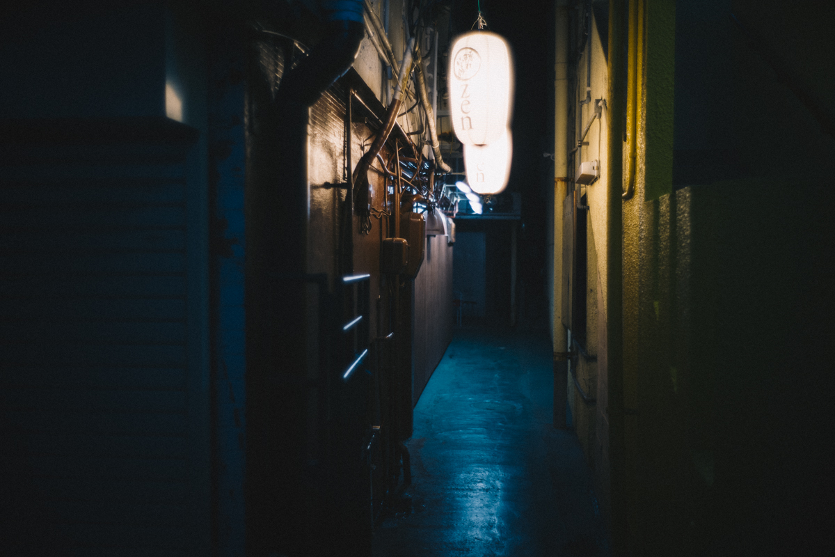 名護の裏路地|Leica M10 + Summilux 35mm f1.4