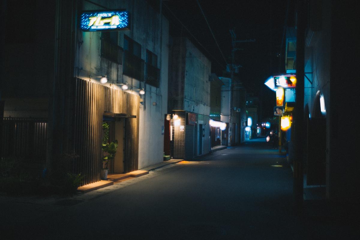 名護の裏路地。相変わらず静か|Leica M10 + Summilux 35mm f1.4