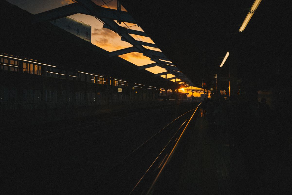 新大阪駅の夕暮れ|Leica M10 + Summilux 35mm f1.4