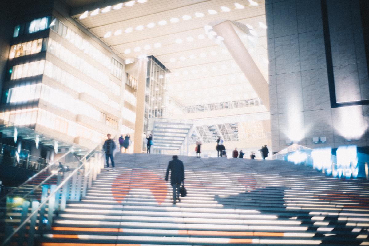 ひと際近代的な大阪駅|Leica M10 + Summilux 35mm f1.4