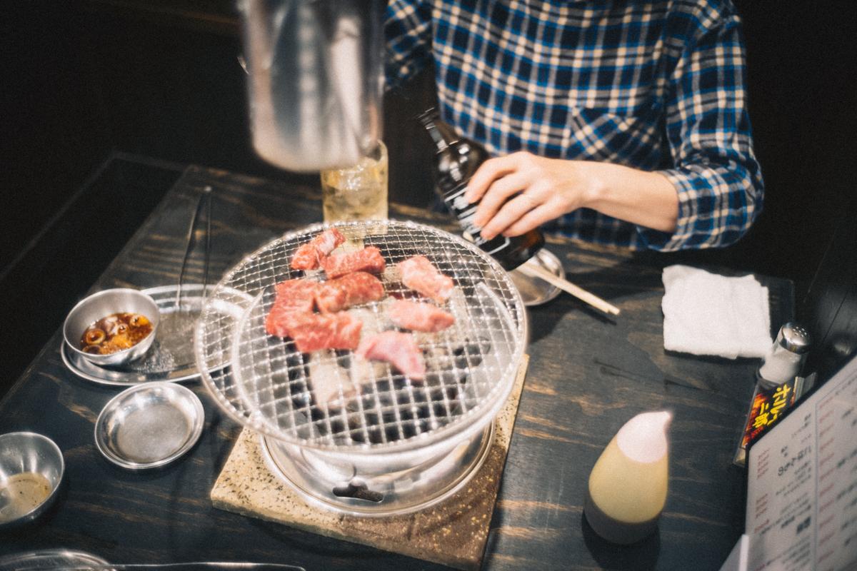 リーズナブルなホルモンで食べまくっても1万円|Leica M10 + Summilux 35mm f1.4