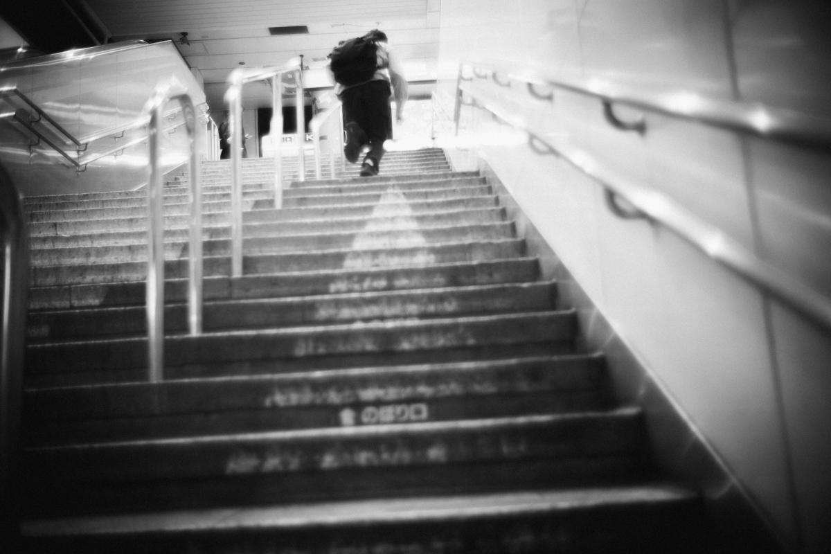 電車をつかまえよう |Leica M10 + Summilux 35mm f1.4