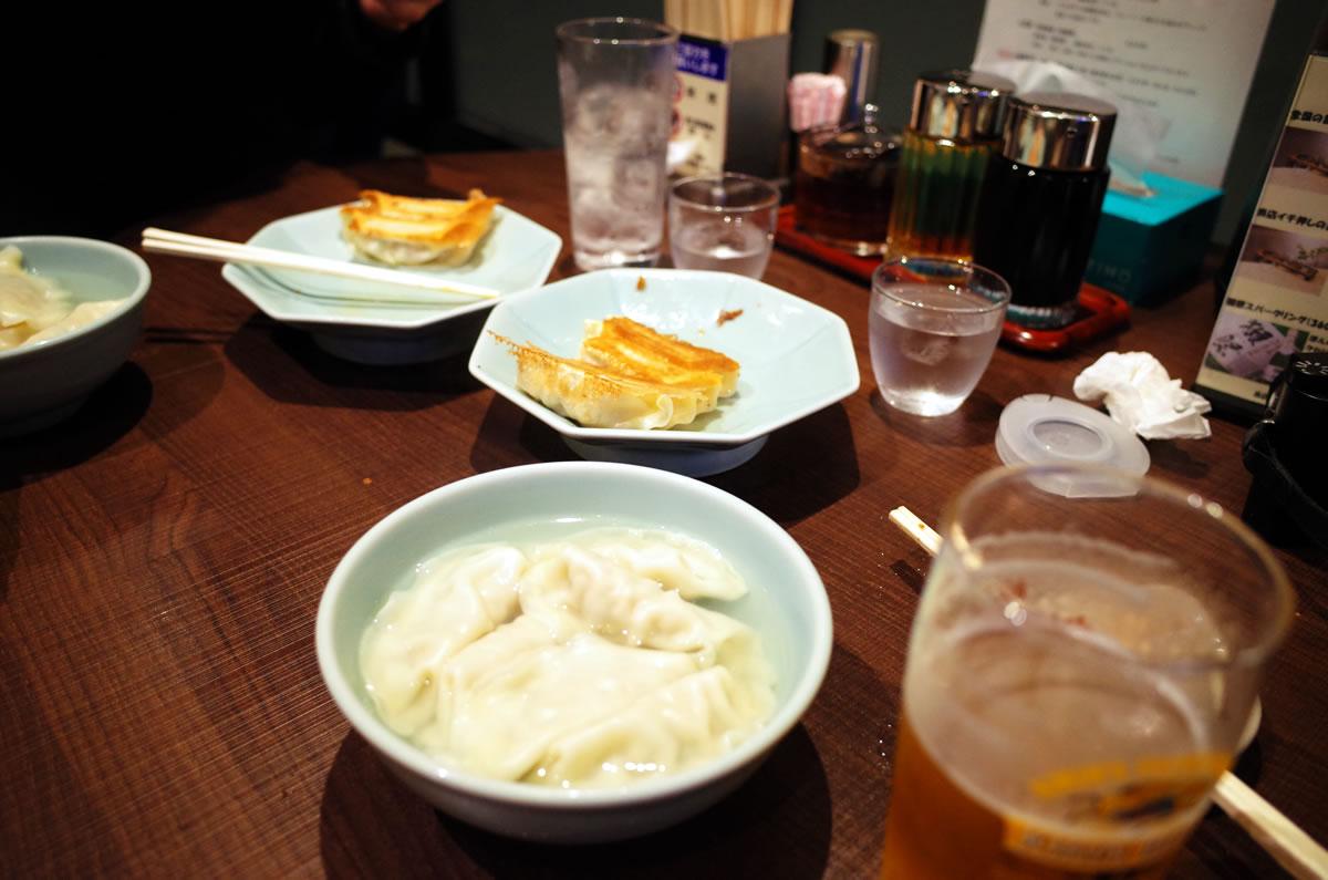 宇都宮駅のみんみんで餃子三昧(*´ω`*)|リコーGR2
