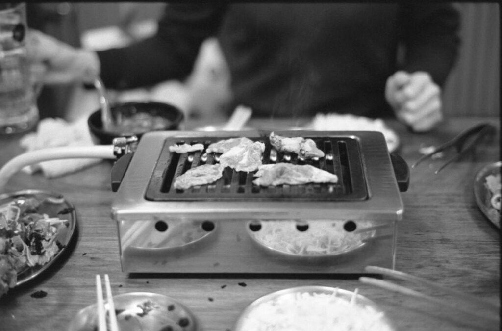 ゾナーで料理写真を諦めない|Leica M3 + C Sonnar T* 1.5/50 ZM + FKodak TRI-X 400