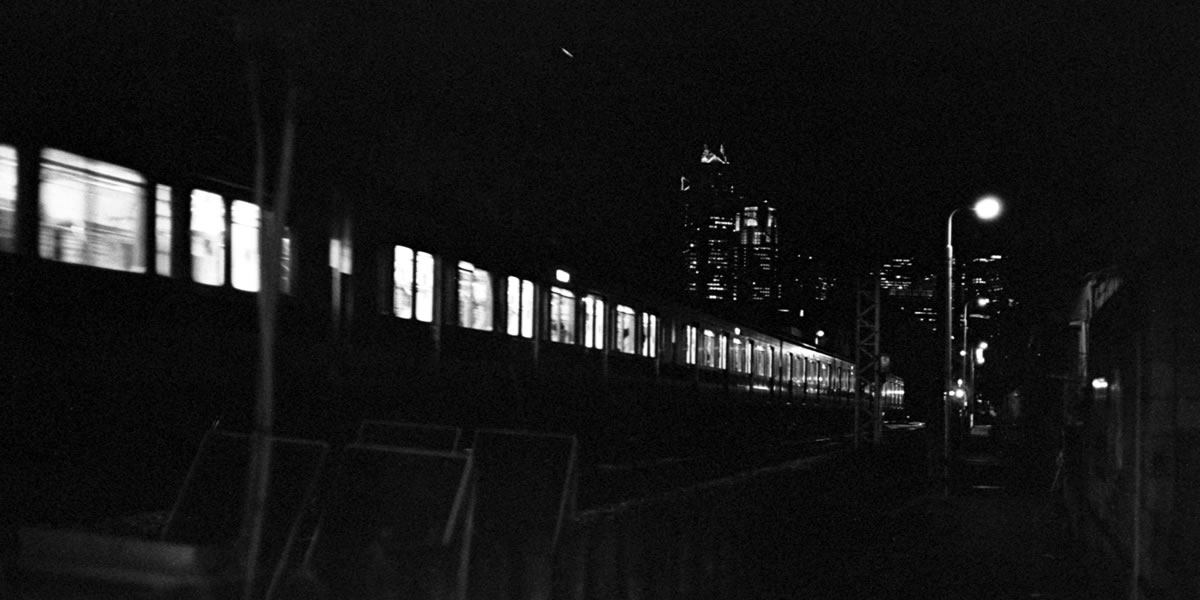 どっちのライカでSHOW?|Leica M3 + C Sonnar T* 1.5/50 ZM + KODAK TRI-X