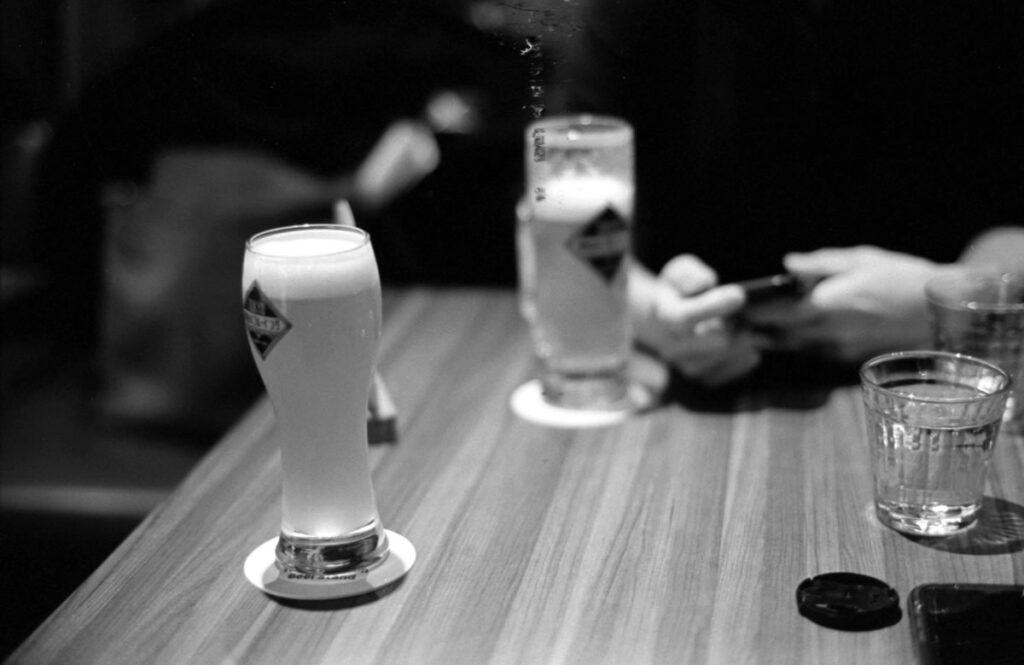 ビールが美味い|Leica M3 + C Sonnar T* 1.5/50 ZM + FKodak TRI-X 400